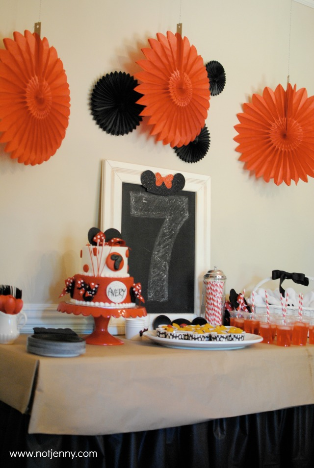 minnie mouse party - notjenny.com