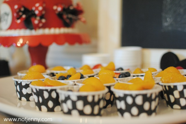 minnie party - fruit cups